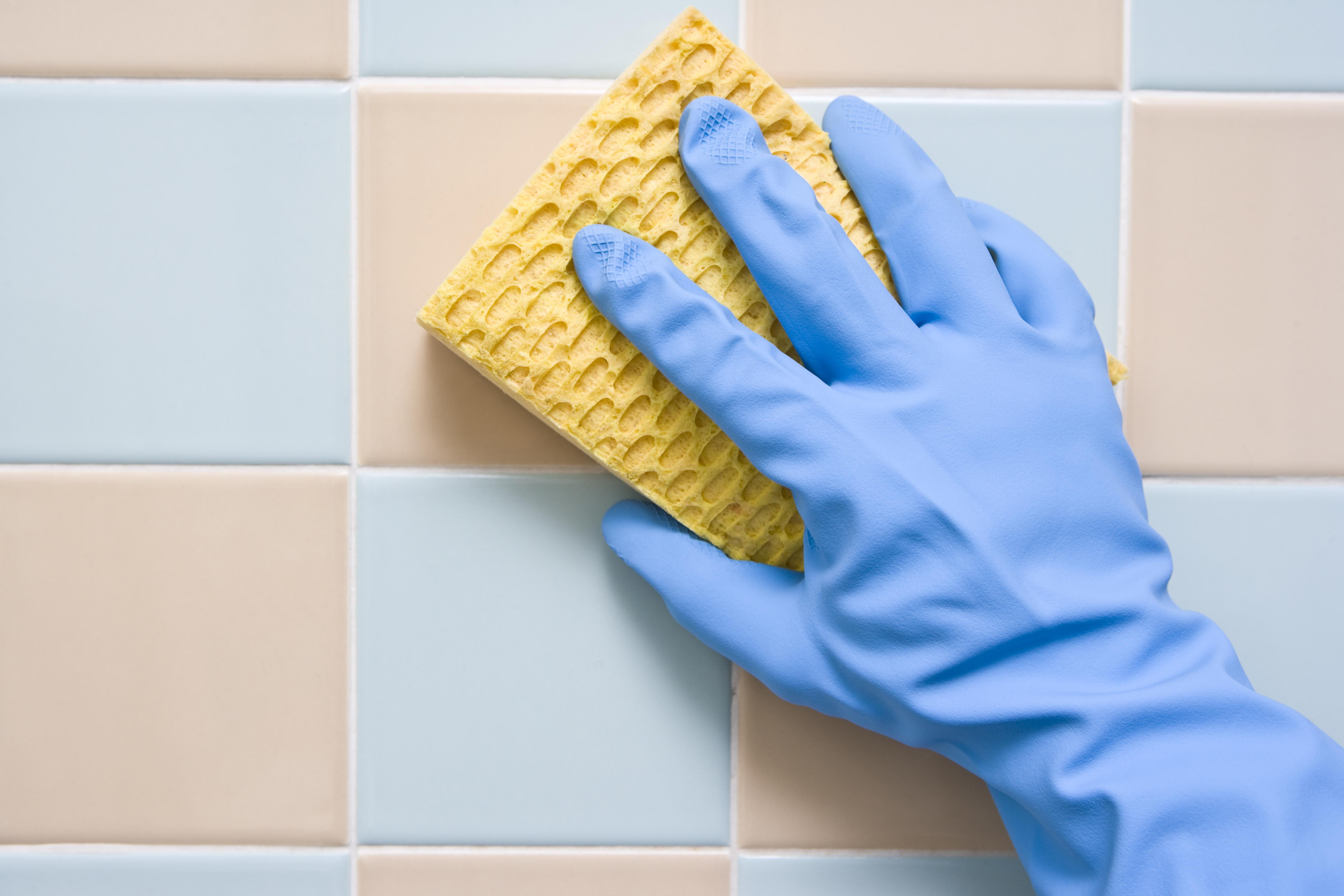 What to clean bathroom tiles with - What To Clean Bathroom Tiles With 47