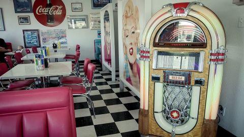 Marilyn Monroe James Dean Home Kitchen Design Ideas