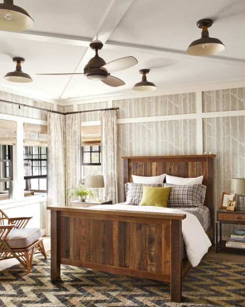 Thom Felicia Upstate New York Lake House Lake House Decorating Ideas. Lake House Bedrooms   BedroomChampion com
