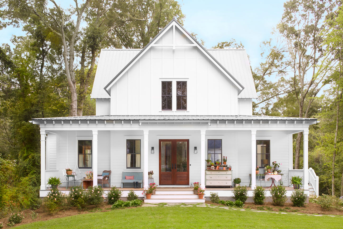 Lauren crouch georgia farmhouse southern farmhouse for Front house ideas