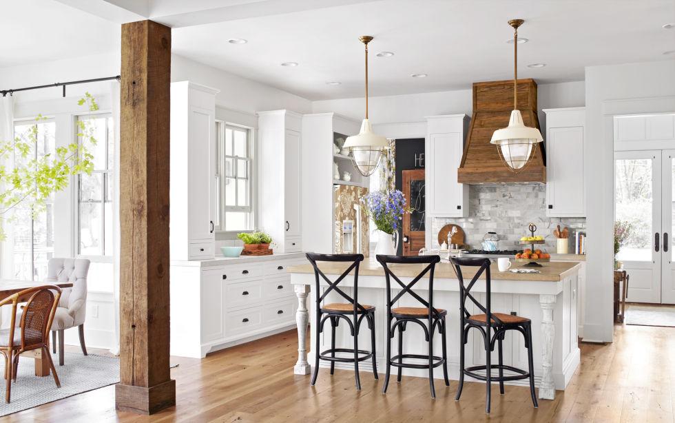 kitchen - Farmhouse House Interior