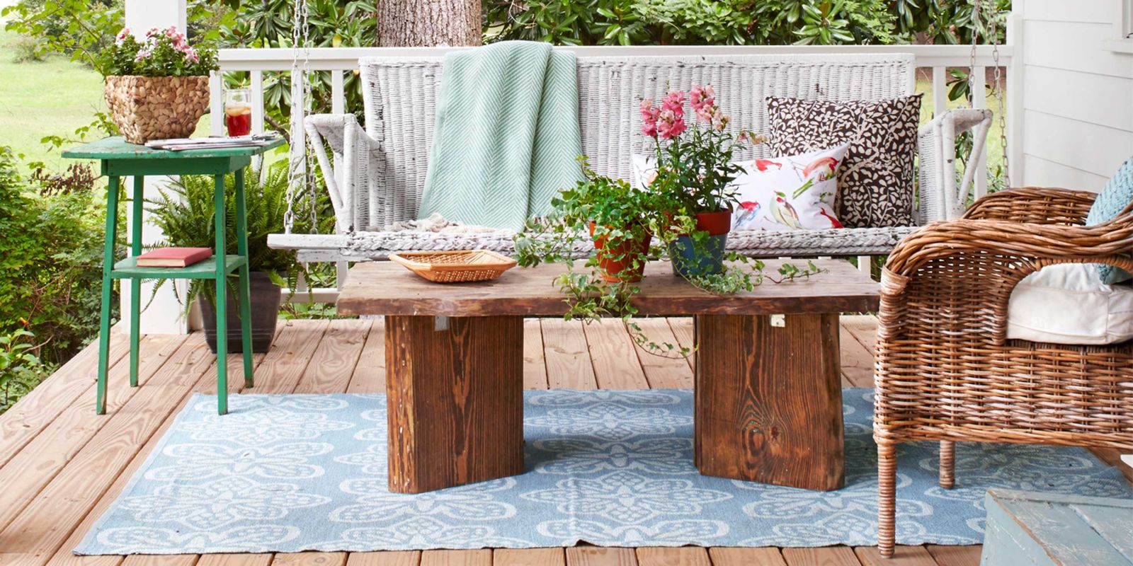 65+ Best Patio Designs For 2017   Ideas For Front Porch And Patio Decorating