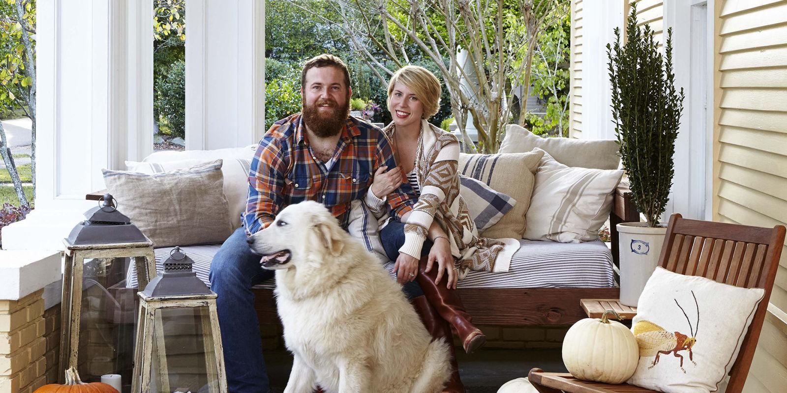 Erin And Ben Napier Hosts Of Hgtv Home Town