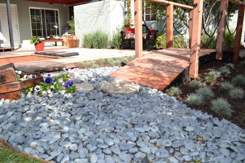 17 landscaping ideas for a low maintenance yard for No maintenance flower bed