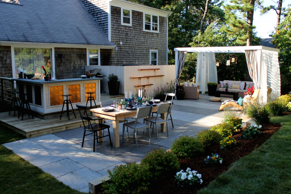 Create Outdoor Living Spaces