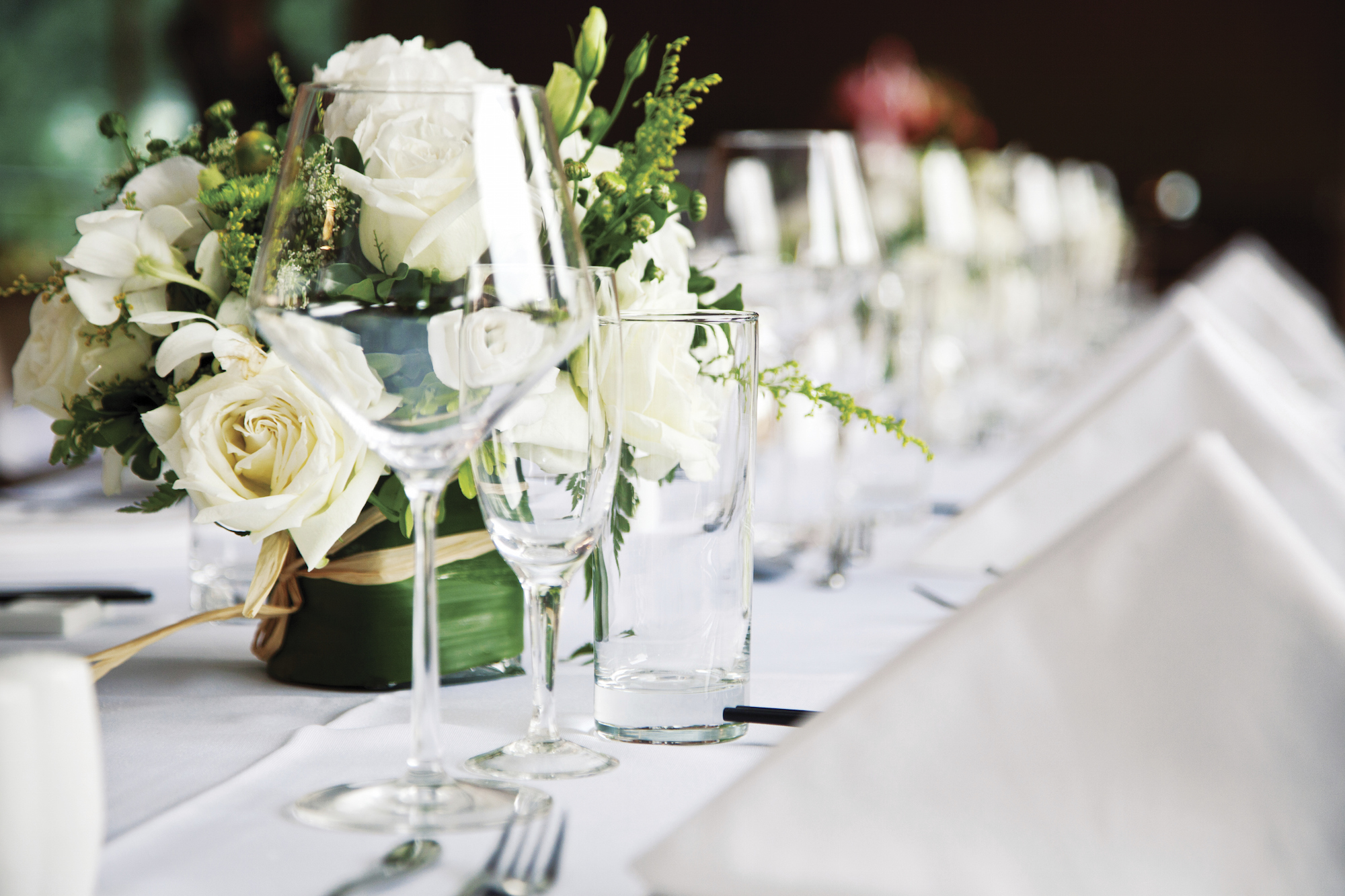 Wedding Etiquette - What to Buy and Wear to a Wedding