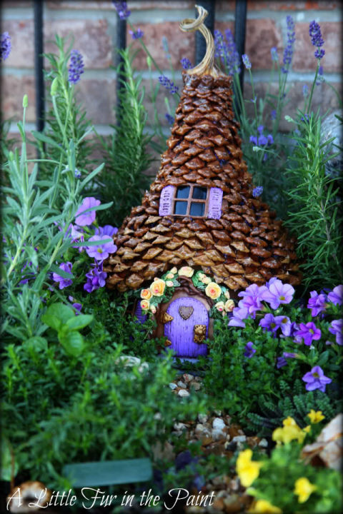 pinecone fairy house - Diy Fairy Garden Ideas