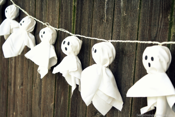 40 easy diy halloween decorations homemade do it yourself halloween decor ideas - Cute Halloween Decorations Homemade