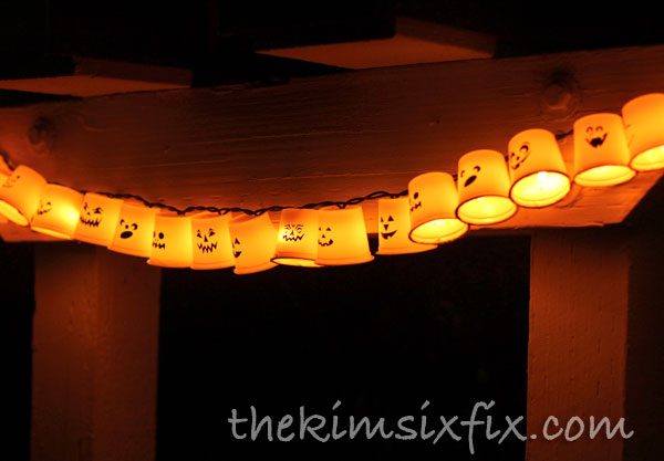 40 easy diy halloween decorations homemade do it yourself halloween decor ideas - Craft Halloween Decorations
