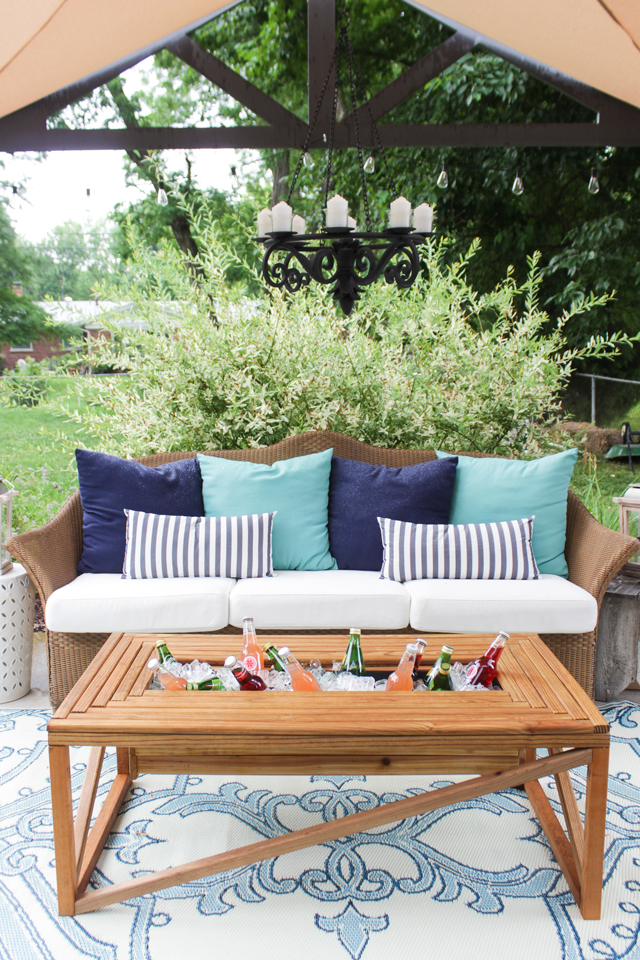 diy outdoor coffee table — how to make an outdoor coffee table