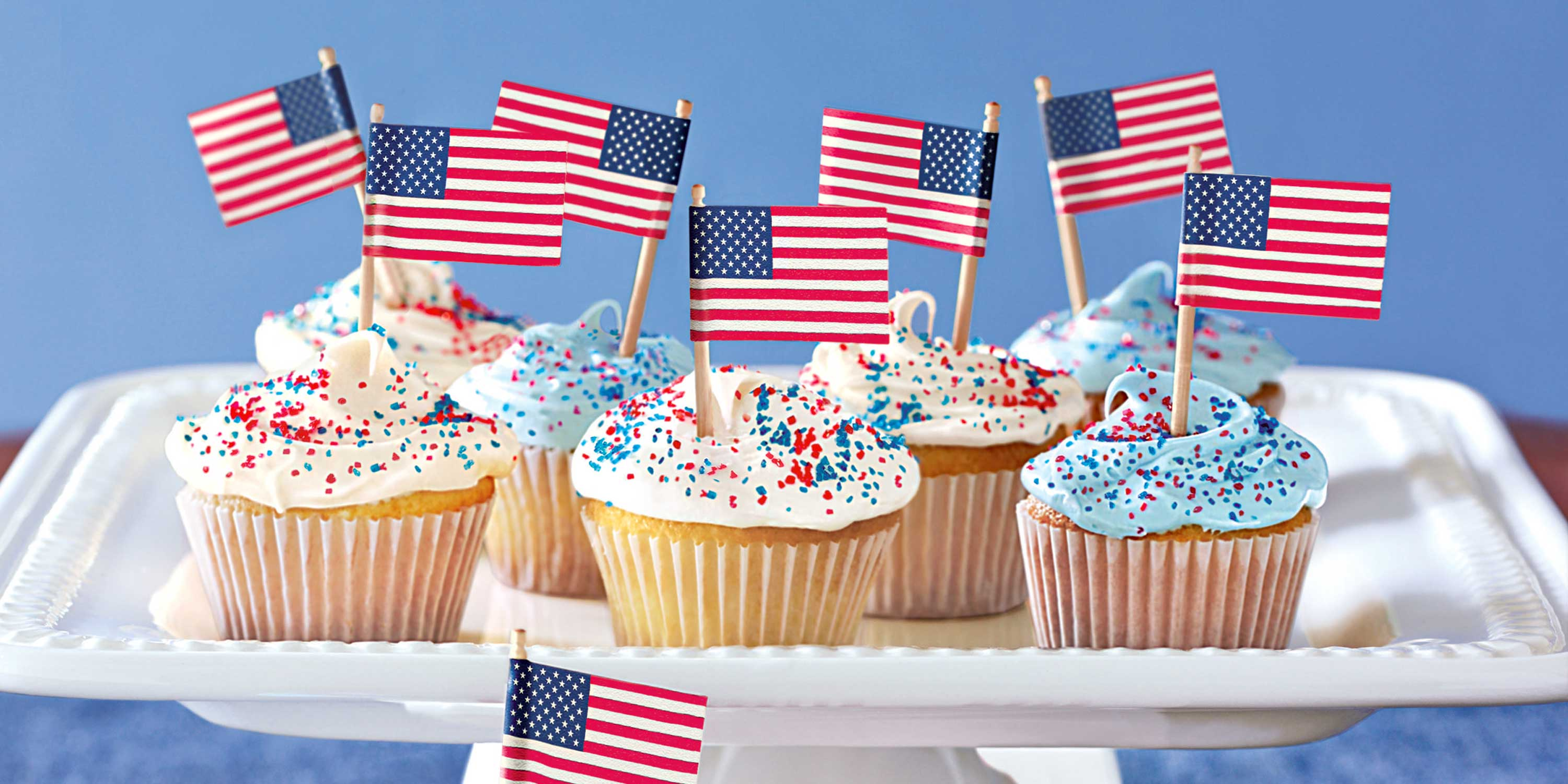 17 easy 4th of july cupcake cakes recipes for fourth of july cake ideas. Black Bedroom Furniture Sets. Home Design Ideas