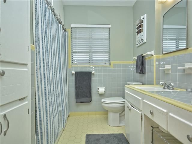 This bathroom makeover will convince you to embrace for Better bath remodeling