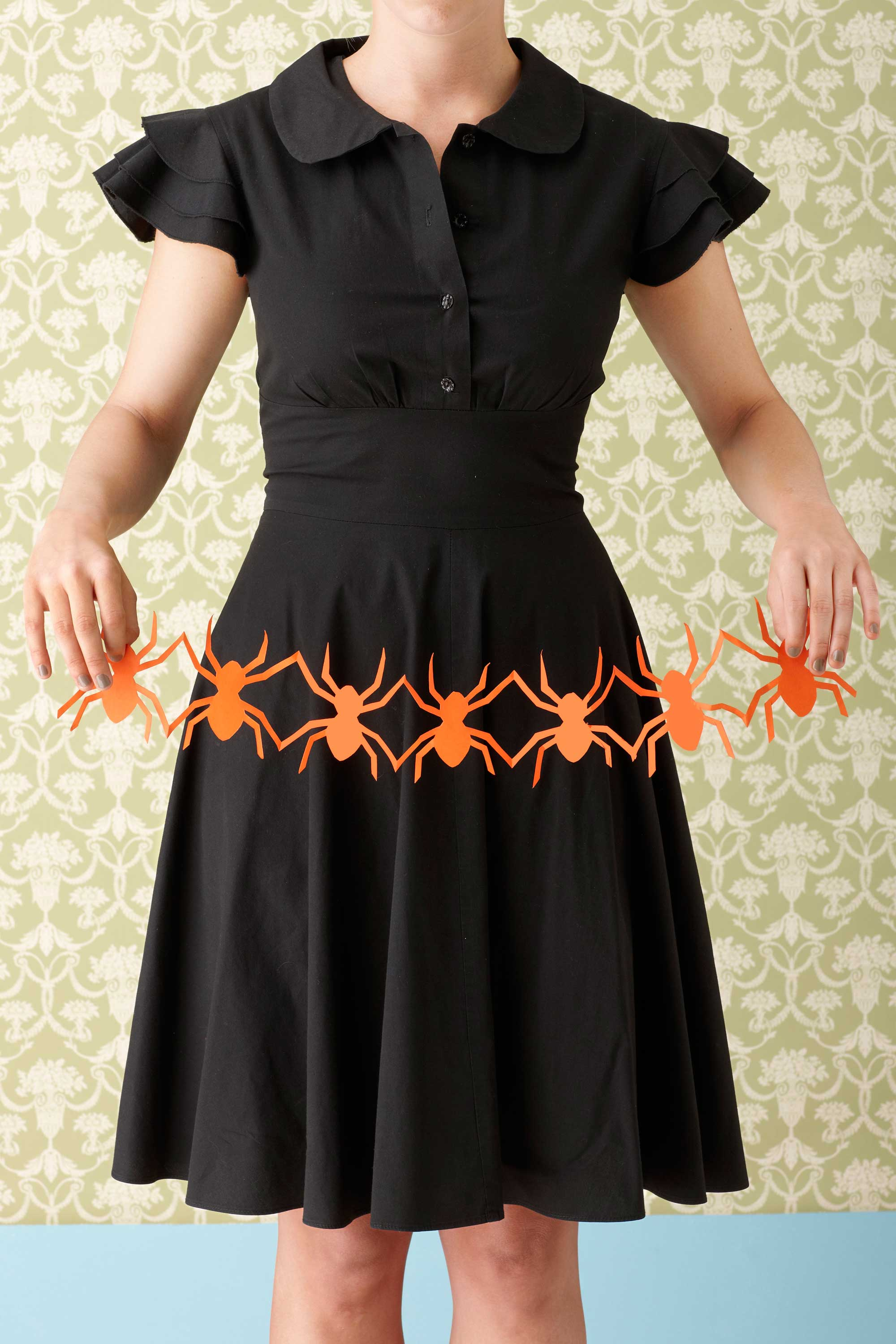 66 easy halloween craft ideas halloween diy craft projects for adults kids - Halloween Spider Craft Ideas