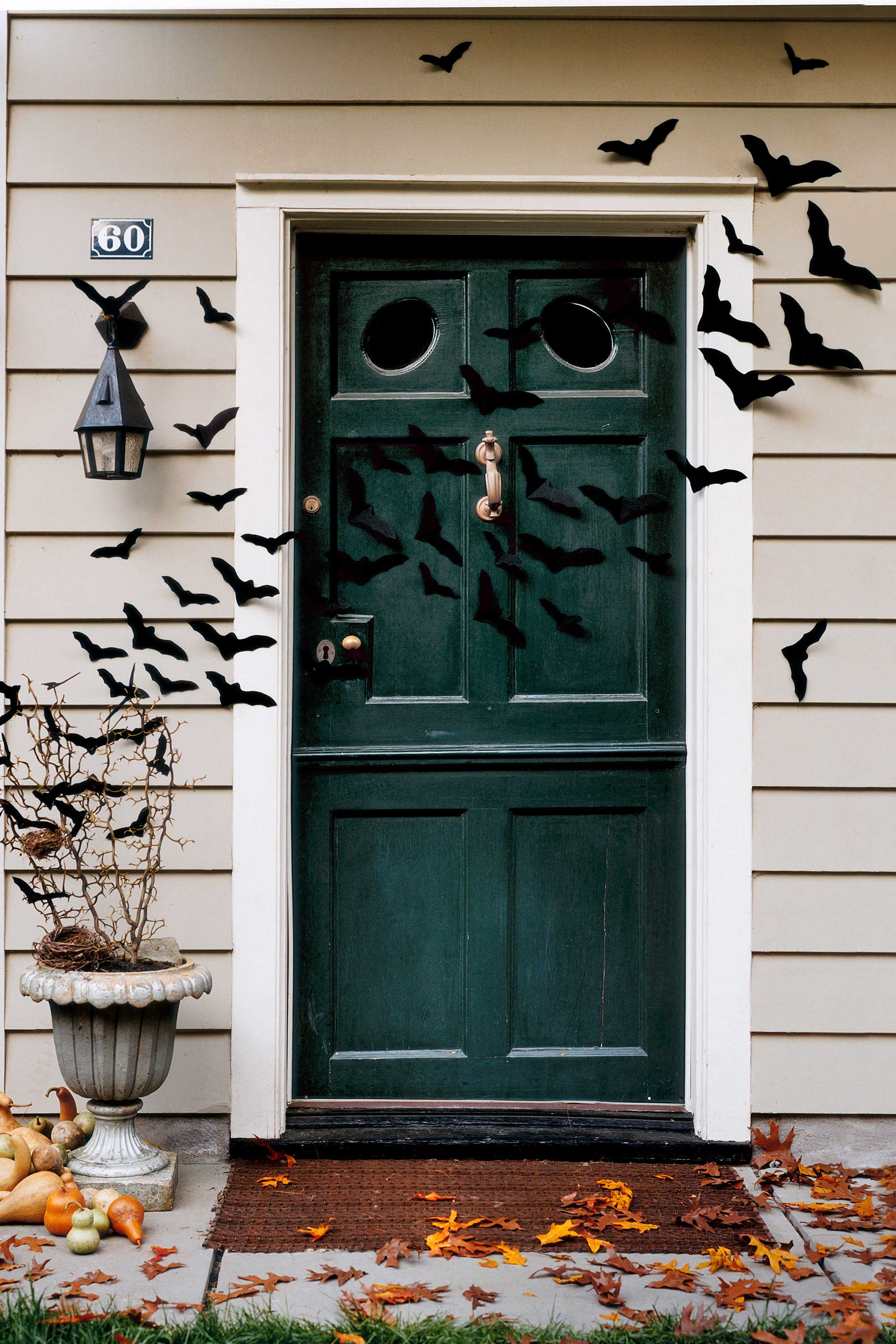 35 best outdoor halloween decoration ideas easy halloween yard and porch decor - Creative Halloween Door Decorations