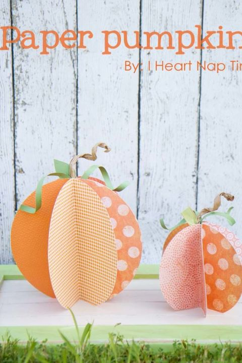 Why waste your money on decorations that can rot away (or become a meal for unwanted critters) when you can craft these cute paper pumpkins?!