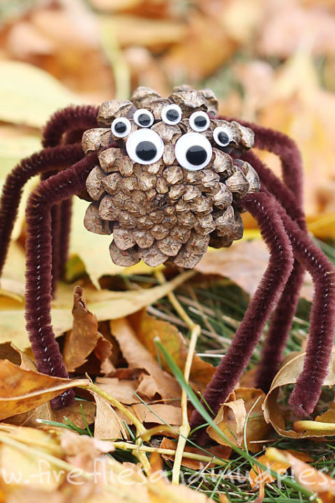 Decor is everywhere, especially in nature. Use pine cones dressed in googly eyes and brown pipe cleaner legs for an easy and creative way to make creepy-crawlers.  