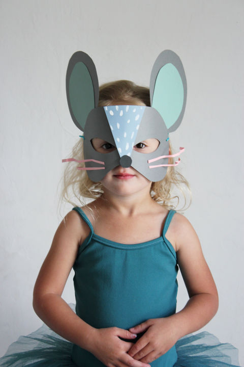 Transform your toddler into a scurrying cutie with this printable template-turned mask. Get the tutorial at Mer Mag.