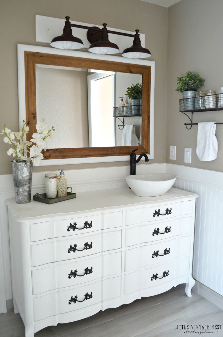 Farmhouse Bathroom Ideas Classy 5 Brilliant Design Ideas From This Elegant Farmhouse Bathroom Design Ideas