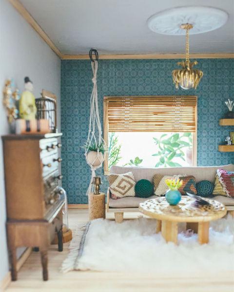 Dollhouse Miniature Roombox Sitting Room: Dollhouse Fixer Upper