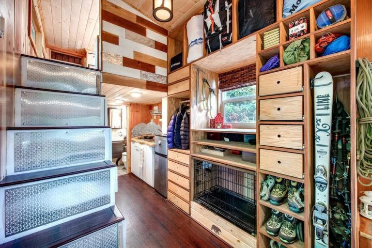 Marvelous Tiny House With A Lot Of Storage Space