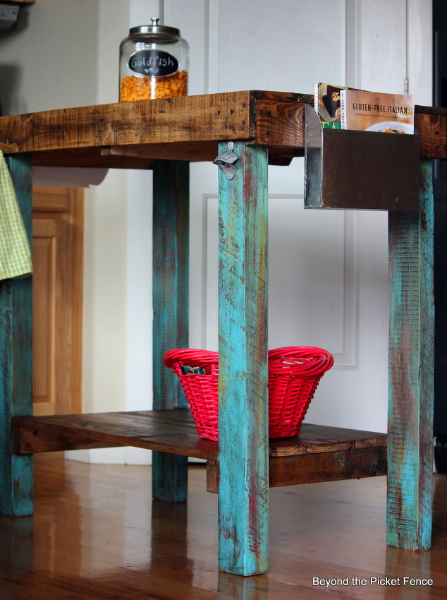 . 22 DIY Reclaimed Wood Projects   Crafts with Repurposed Wood Ideas