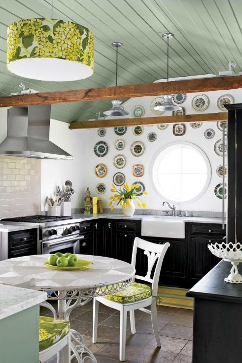 From Neglected Schoolhouse To Chic Cottage