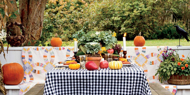 19 halloween dinner ideas menu for halloween dinner party for Halloween dinner party food for adults