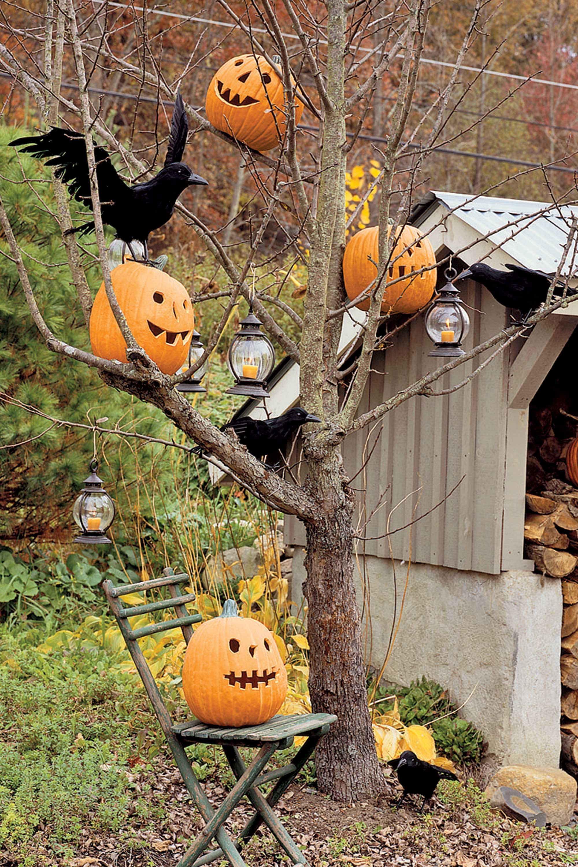 Homemade halloween decorations outside - 35 Best Outdoor Halloween Decoration Ideas Easy Halloween Yard And Porch Decor
