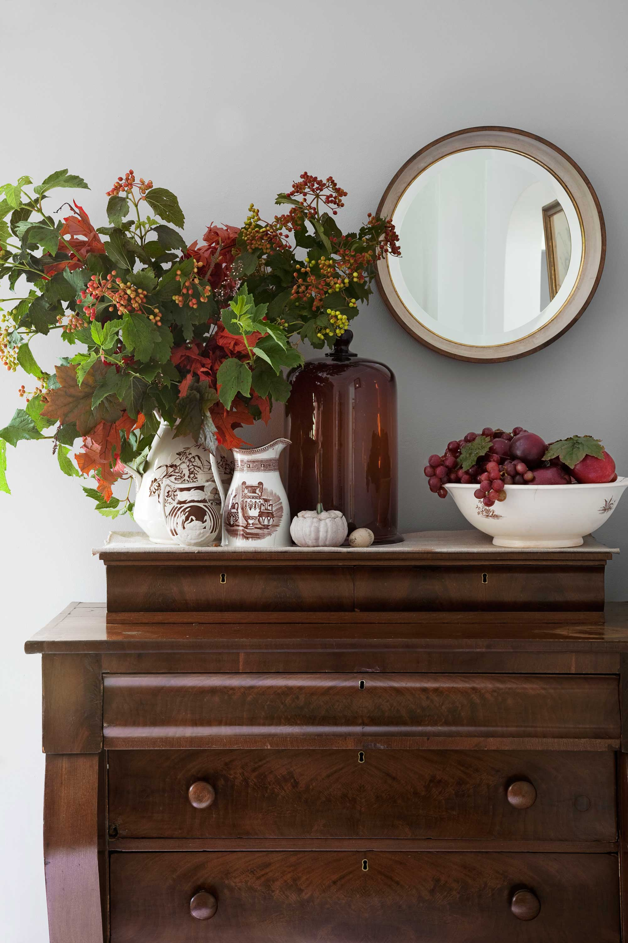40 easy fall decorating ideas   autumn decor tips to try