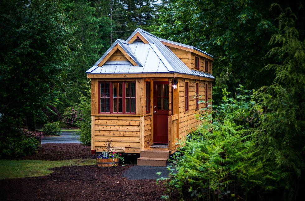 Tiny House mt. hood tiny house village tour - oregon tiny house rentals