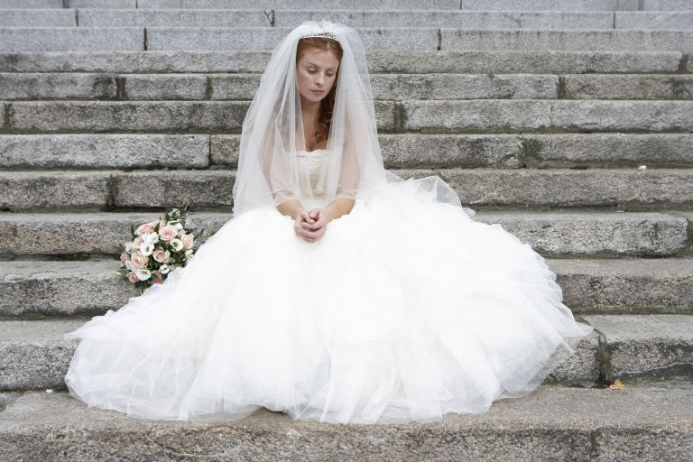 10 Shocking Stories Of How Real Weddings Were Canceled At The Very Last Minute