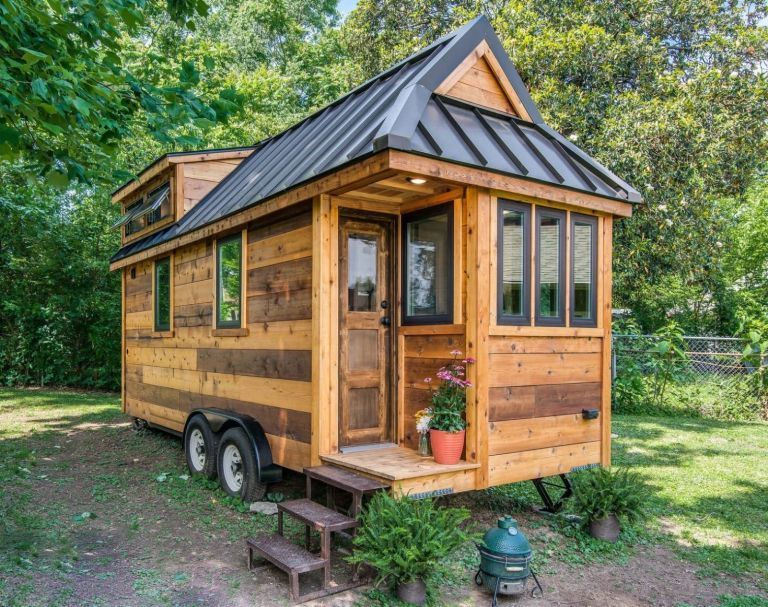 farmhouse chic the cedar mountain tiny house - Micro Houses