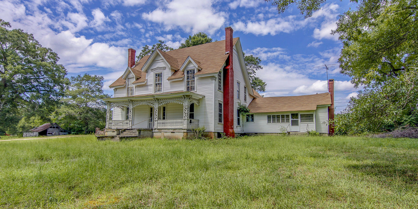 Georgia farmhouse fixer upper for sale georgia real estate for Old farm houses for sale in georgia