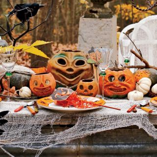 a look back at a 100 years of ghouls goblins and ghosts - Thanksgiving Decor