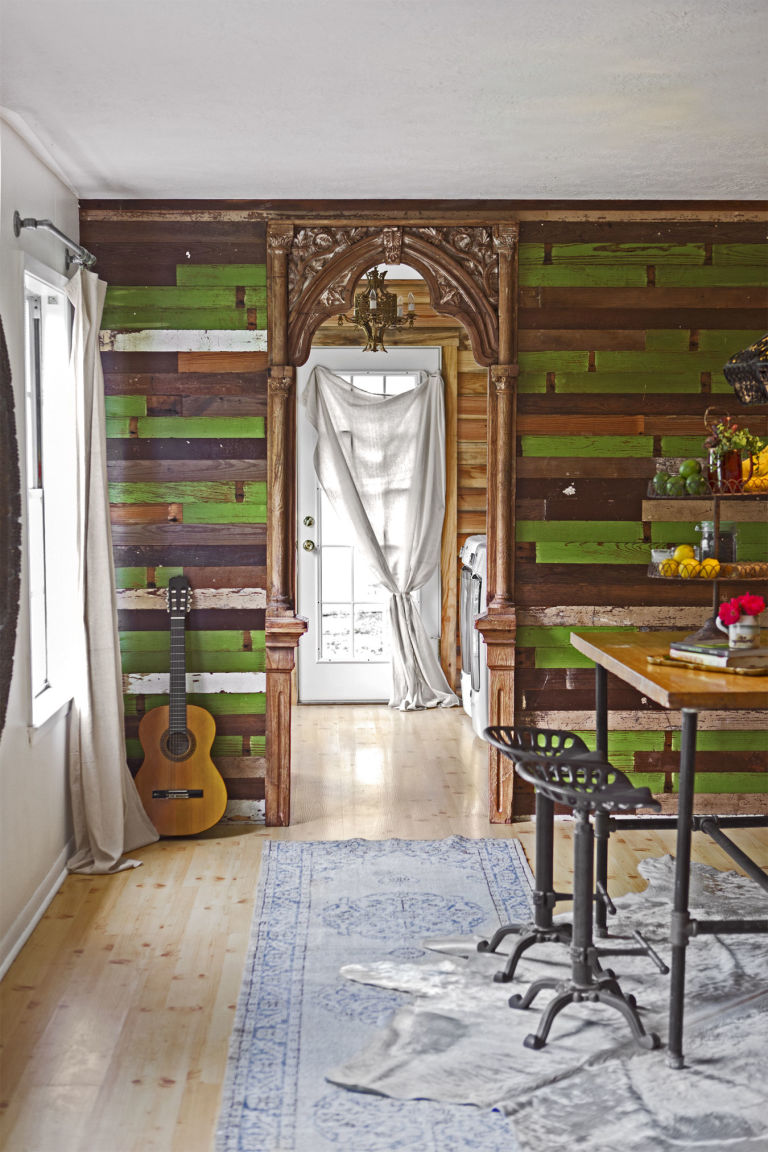 Junk Gypsies Reclaimed Wood Decorating Ideas - Junk Gypsies Book