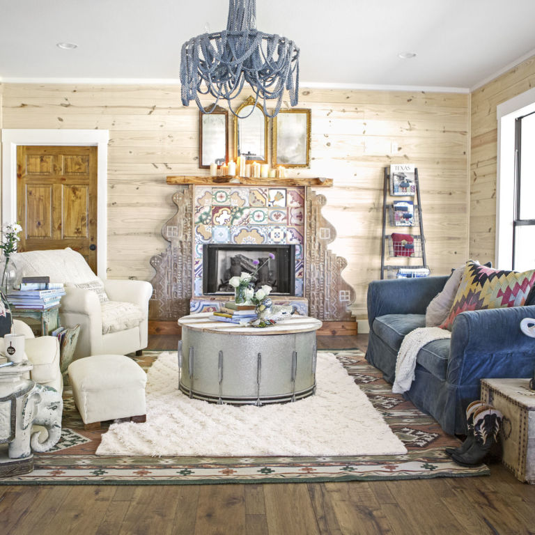 Junk gypsies reclaimed wood decorating ideas junk Home decorating ideas using junk