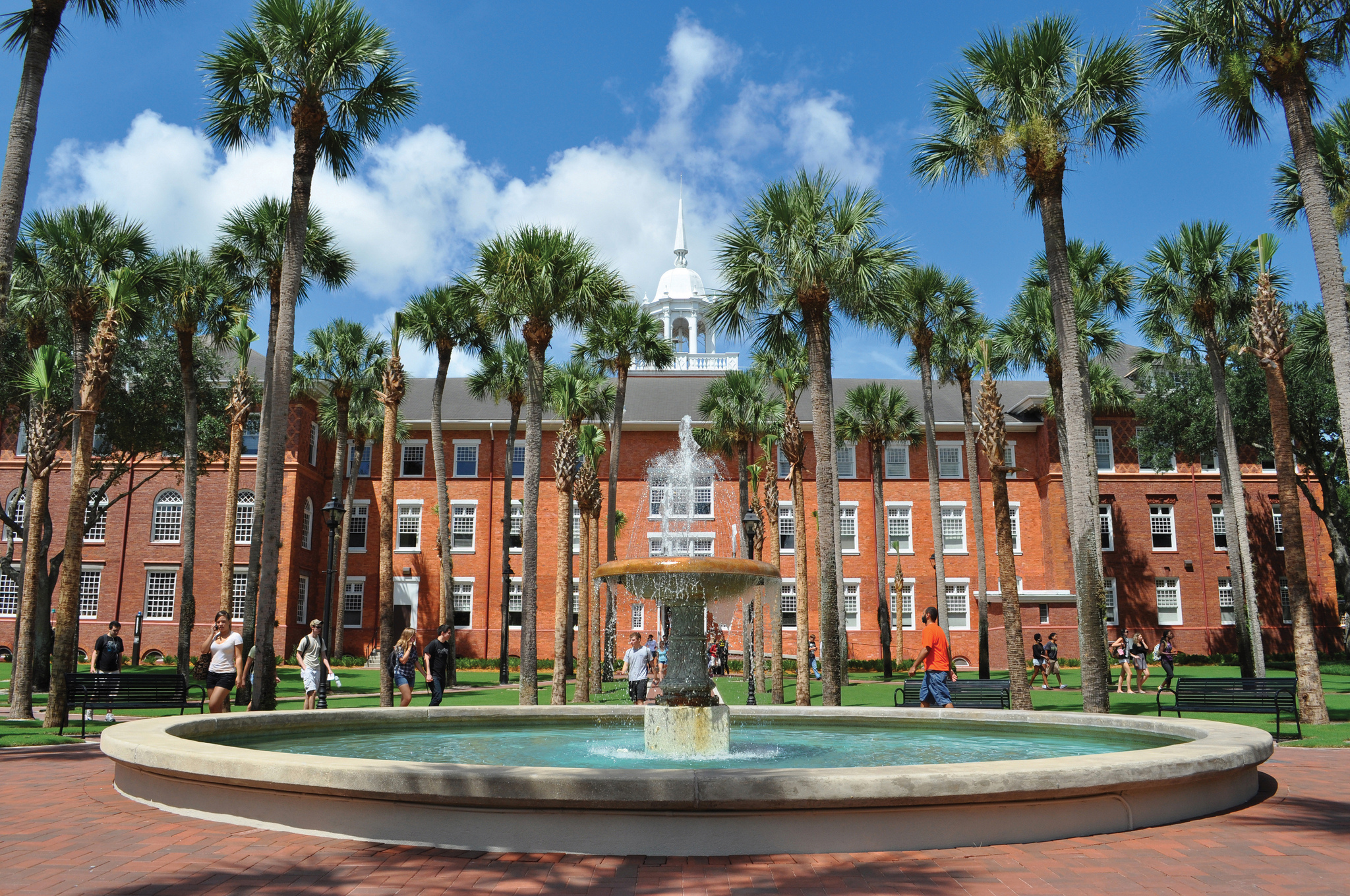 Most Beautiful College Campuses - Prettiest College Campuses