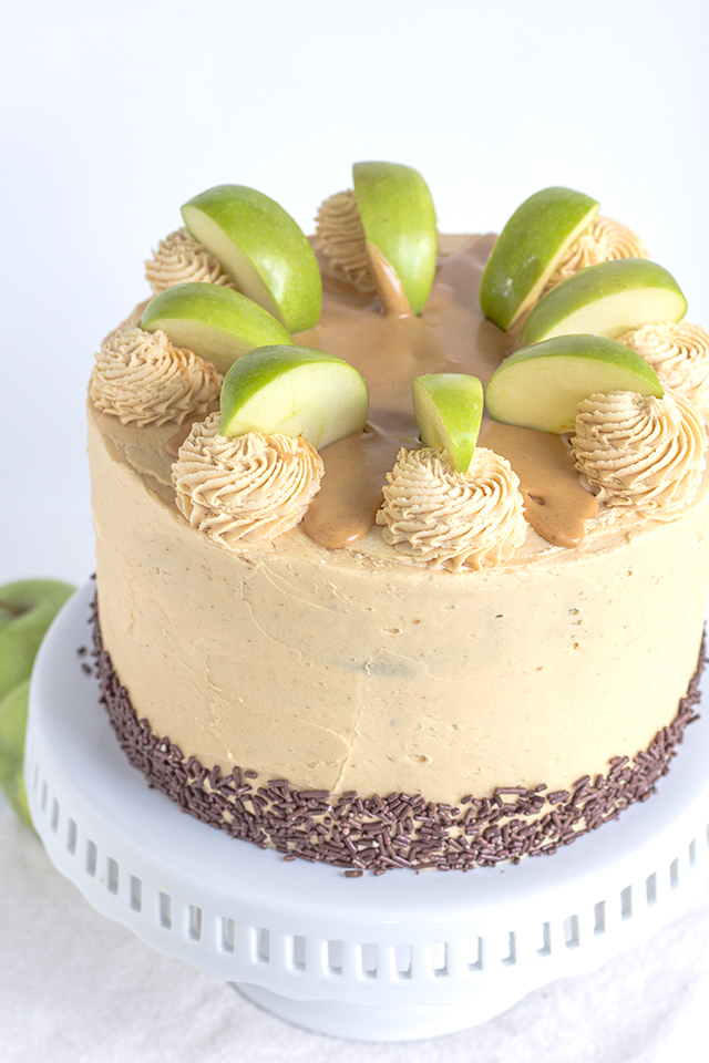 11 Best Fall Cake Recipes Autumn Cake Flavors
