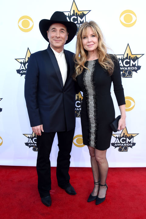 12 country singer couples most inspiring marriages in for Where is clint black and lisa hartman