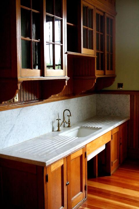 Vintage kitchen features we love vintage kitchen accessories - Vintage kitchen features work modern kitchen ...