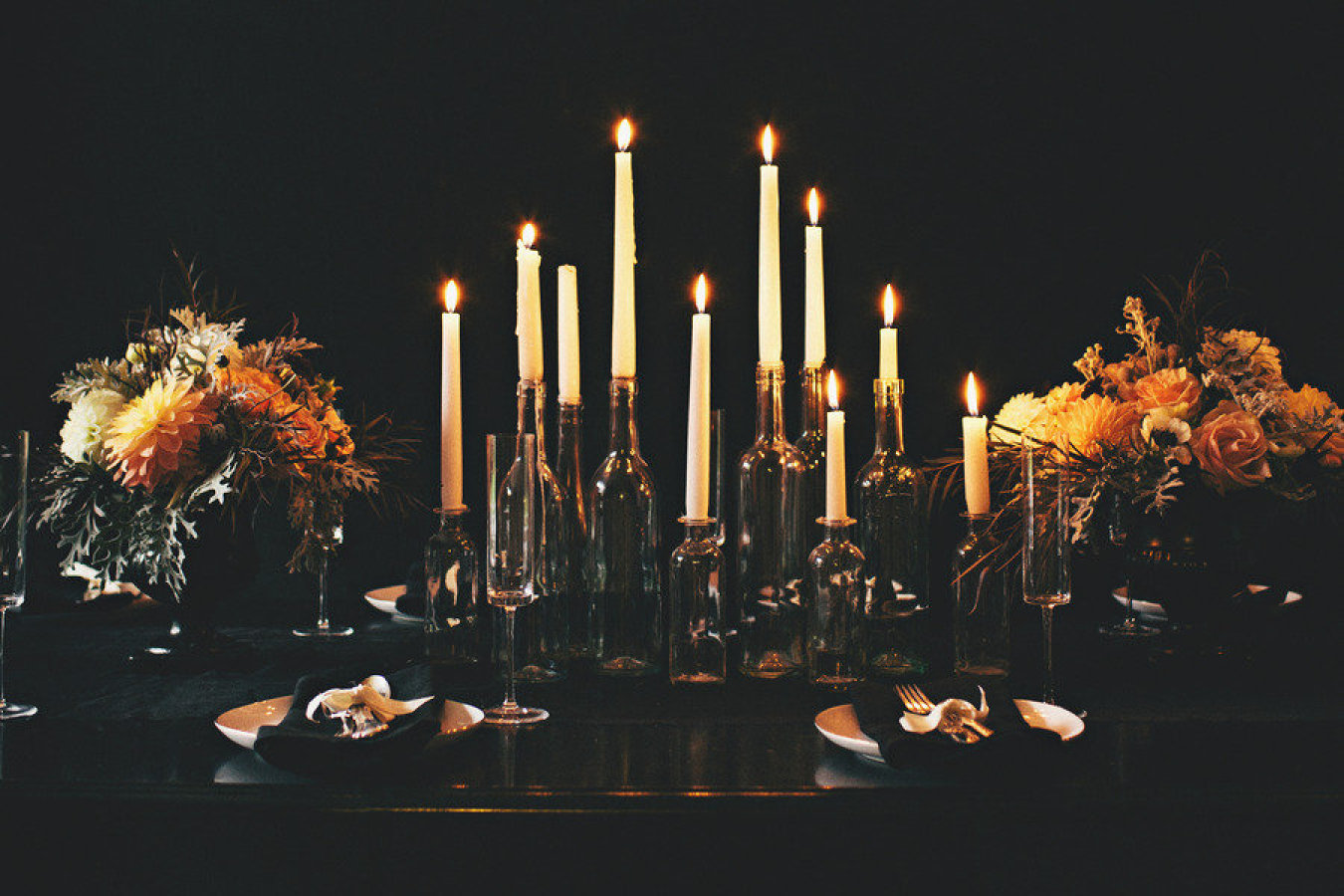 17 Halloween Centerpieces & Table Decorations - DIY Ideas for ...