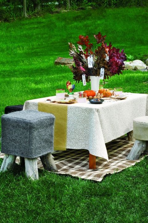 Outdoor table setting for kids