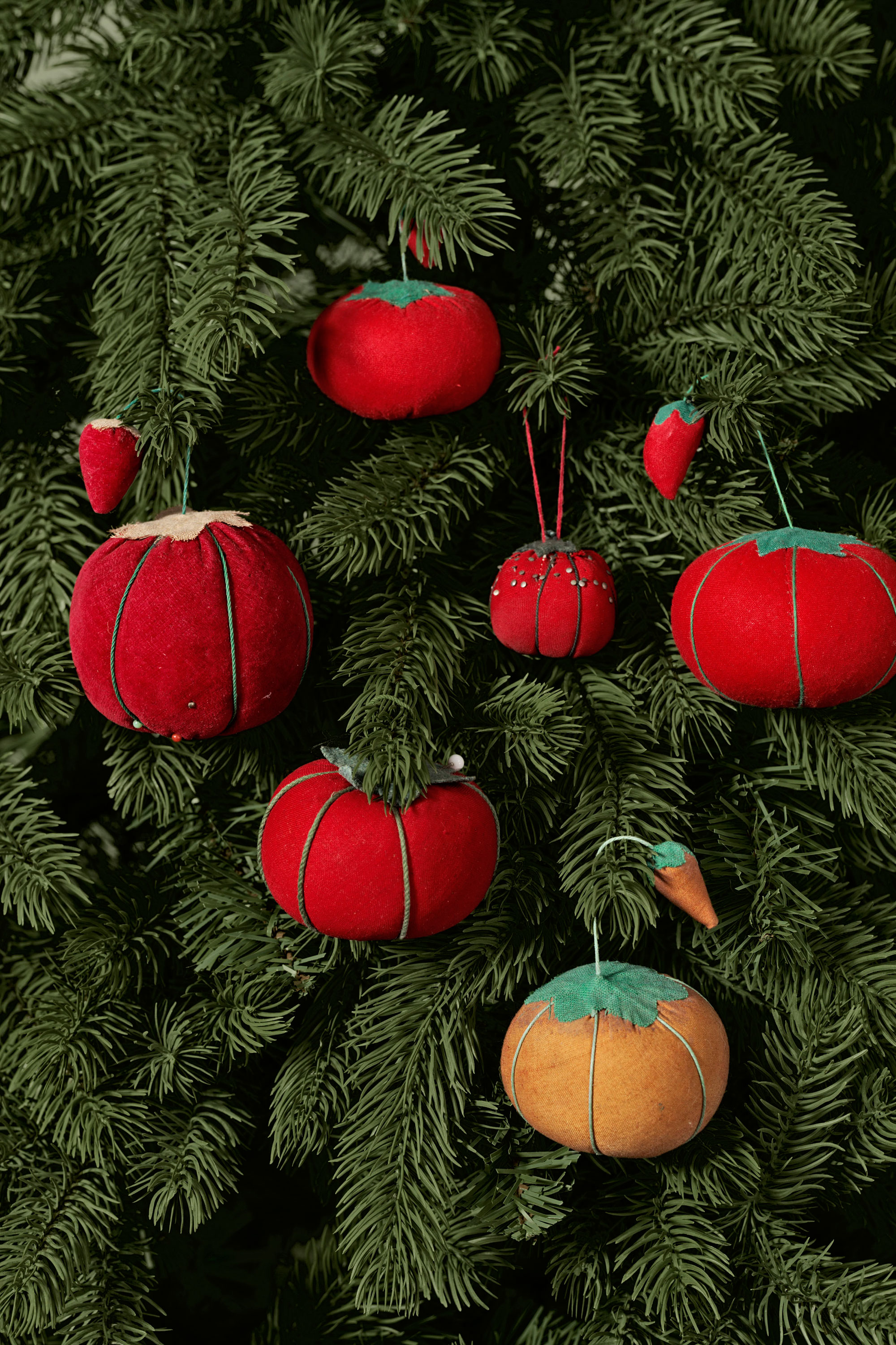 50+ Homemade Christmas Ornaments - DIY Crafts with Christmas Tree ...