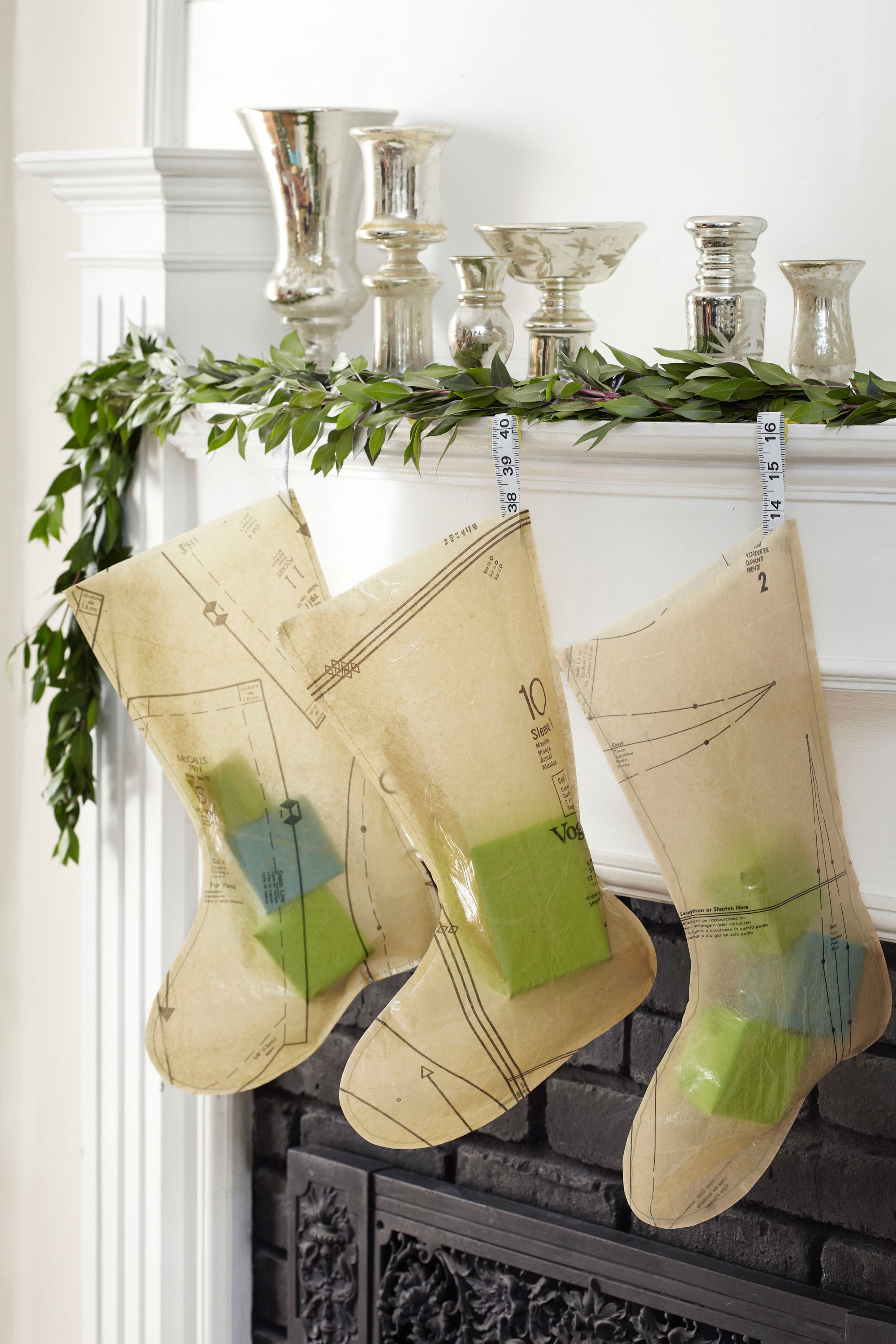 Handmade Christmas Stockings 35 Diy Homemade Christmas Decorations Christmas Decor You Can Make