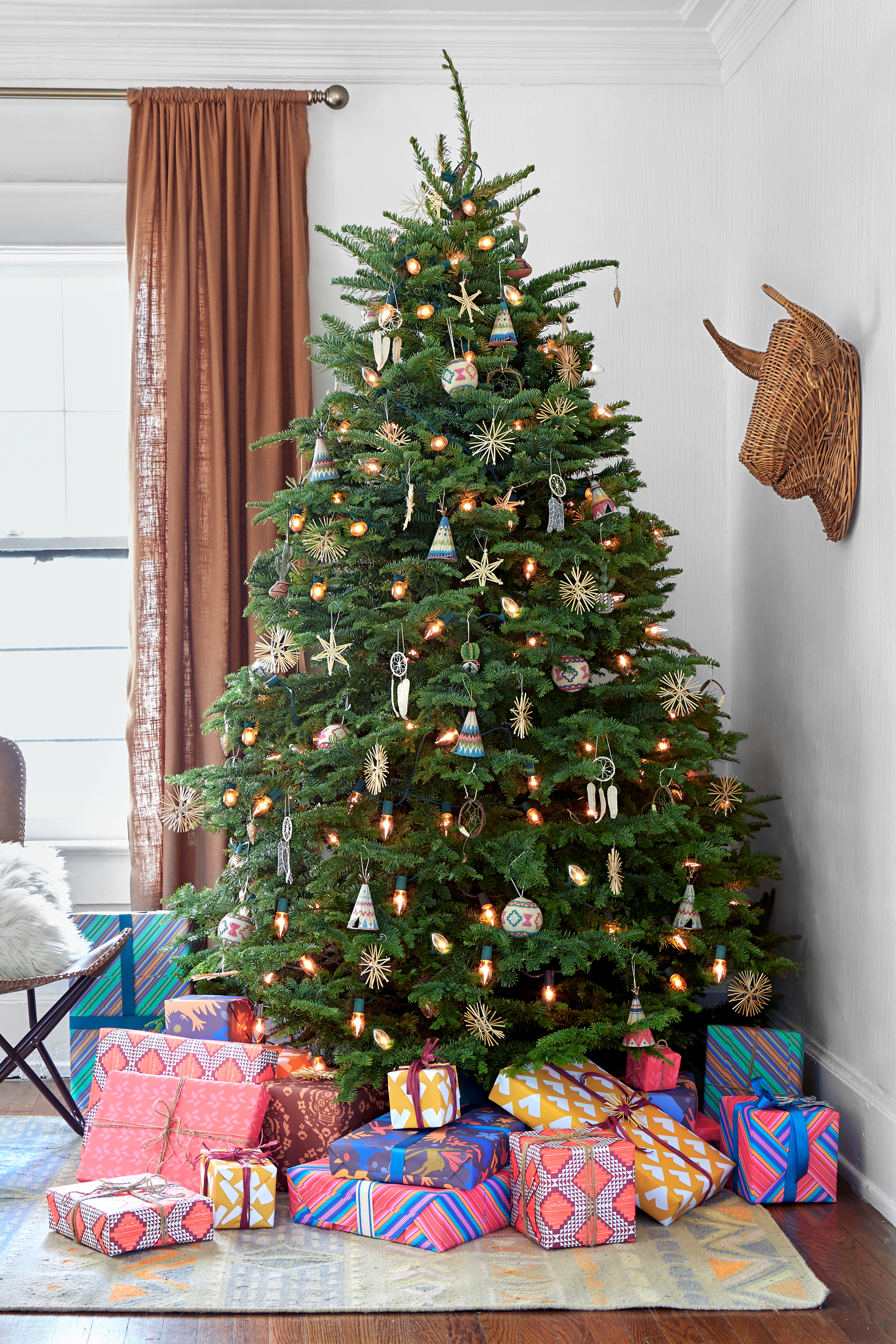 Tree Decorating Ideas 60 Best Christmas Tree Decorating Ideas  How To Decorate A
