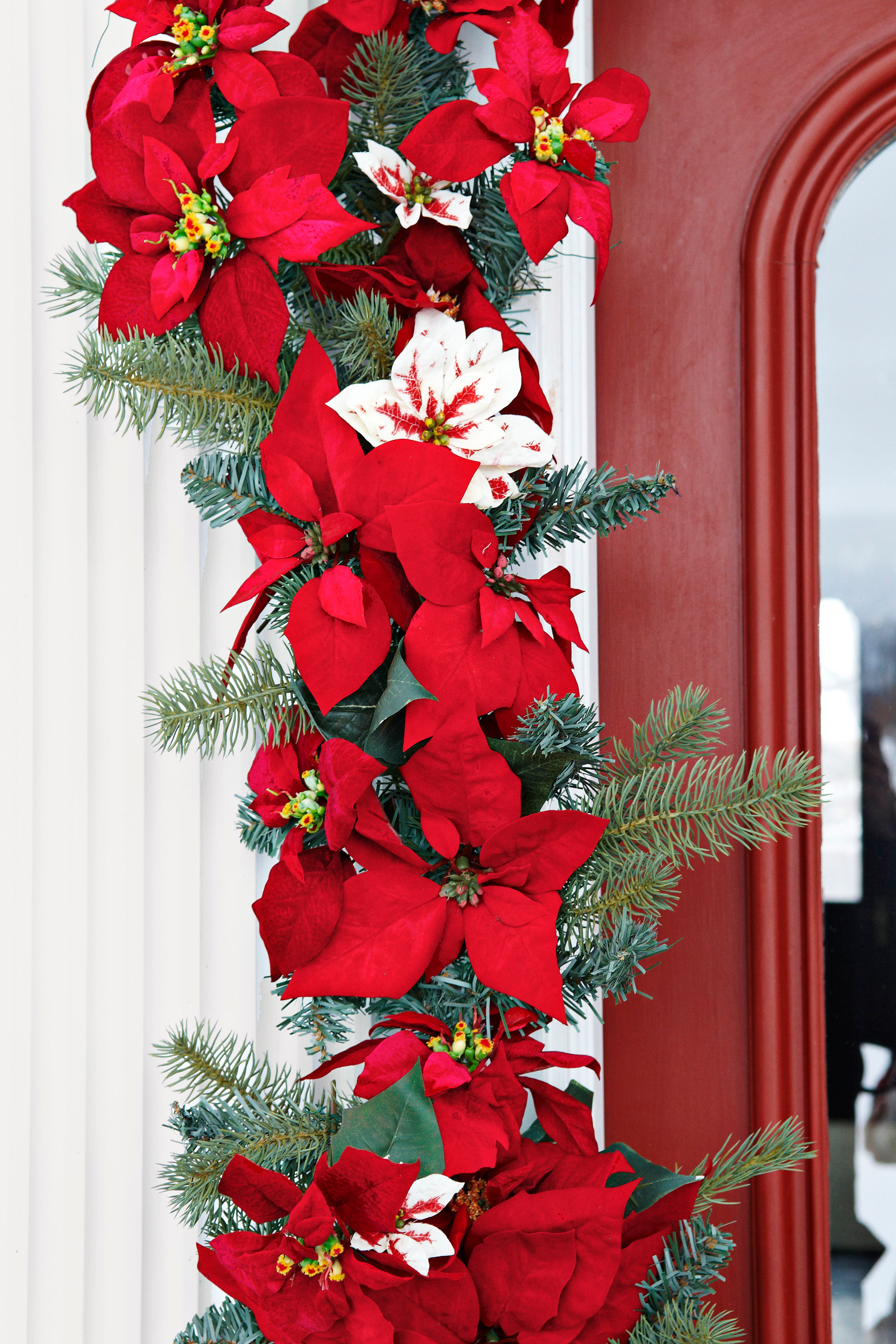Christmas Garland Ideas 55 best christmas garland ideas - decorating with holiday garlands