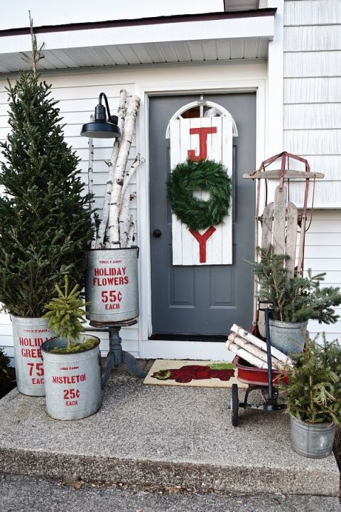 Outdoor Christmas Decorations Ideas For Outside Christmas - Christmas porch decorating ideas