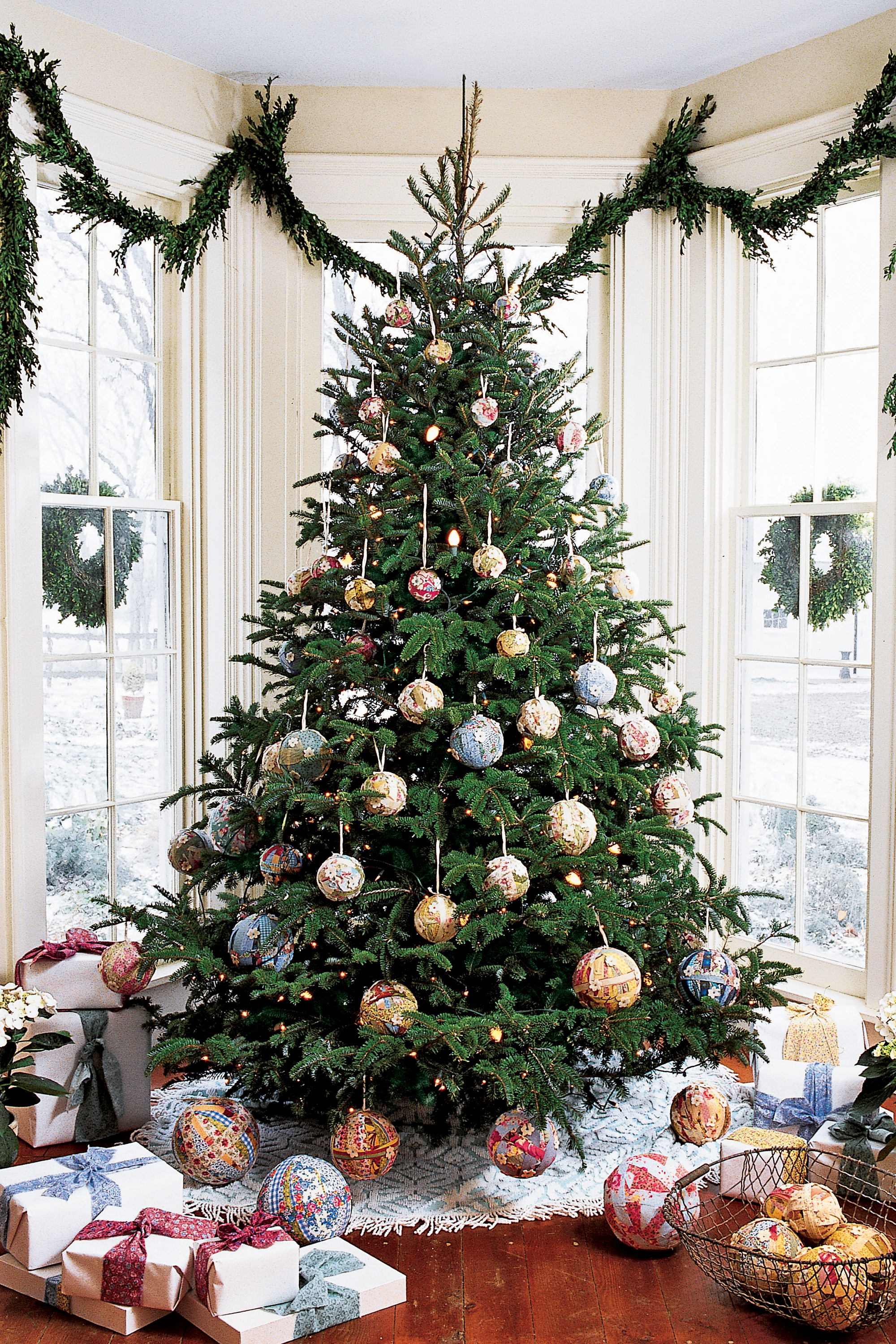 Non traditional christmas tree ideas - Non Traditional Christmas Tree Ideas 57