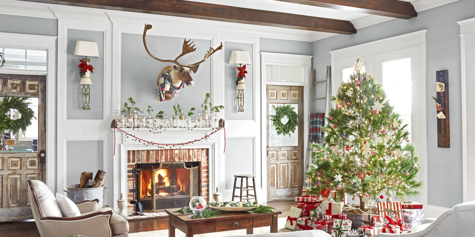 Christmas Interior Design Extraordinary Christmas Interior Design Cheerful Christmas Interior Designs