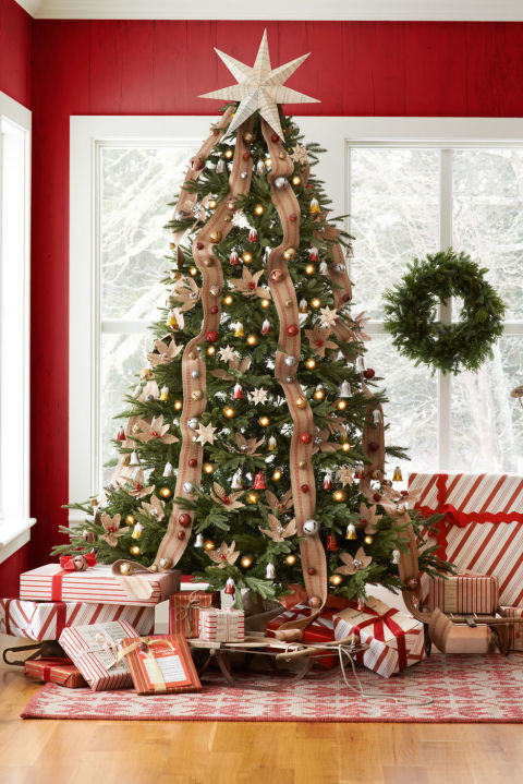 15 Best Christmas Tree Toppers - Cool Ideas for Tree Toppers